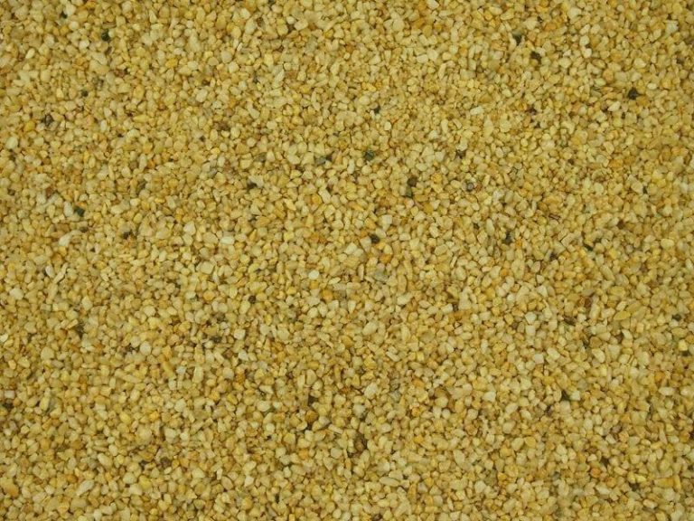 Autumn-gold gravel for resin driveway