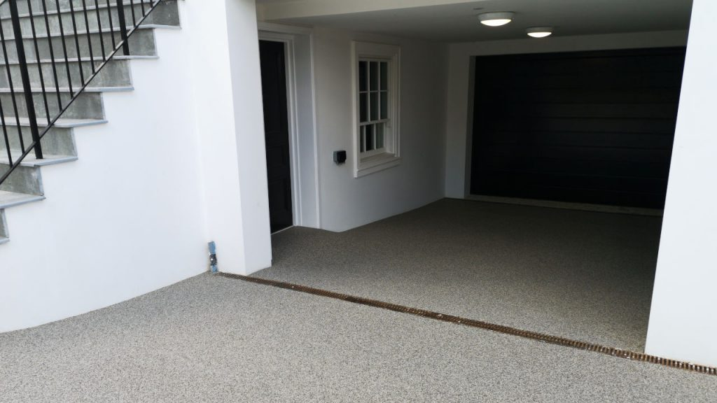 Resin Bound Stone driveway Silver Granite Surrey