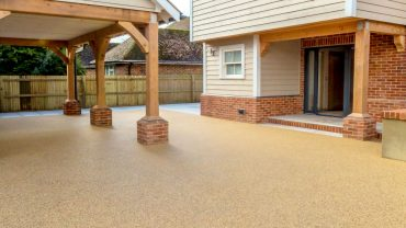 Resin Bonded Stone Driveways and Walkways